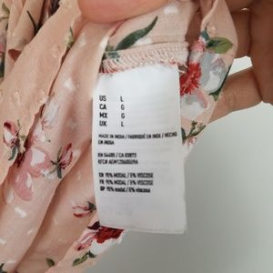 American Eagle Outfitters Tops - AMERICAN EAGLE 3 Tier Floral Off Shoulder Top NWT